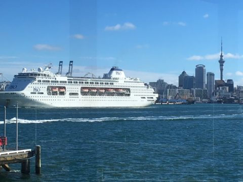 Pacific Pearl cruise liner departs Auckland